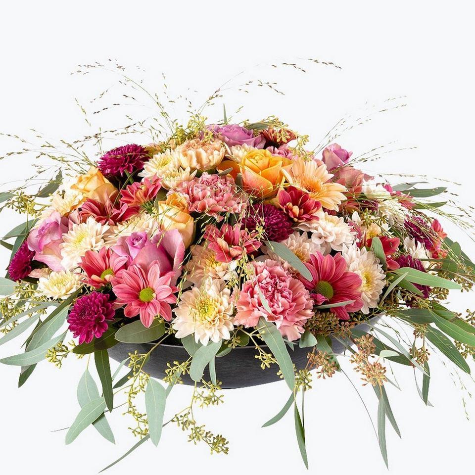 Image 1 of 1 of Floral Hug XL