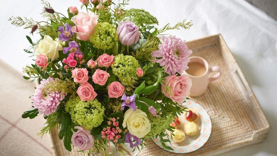 Mothers-day-flowers-by-florist-2