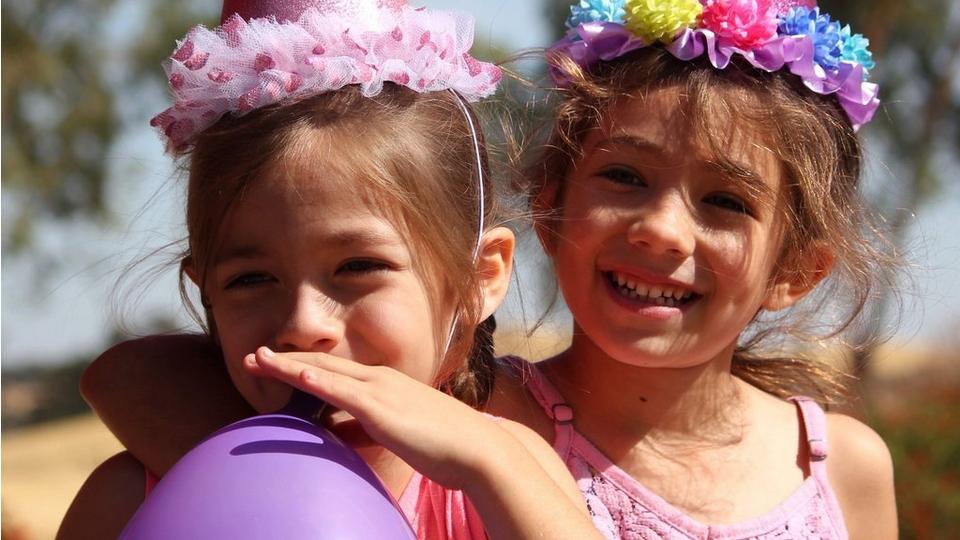 birthday-twin-girls
