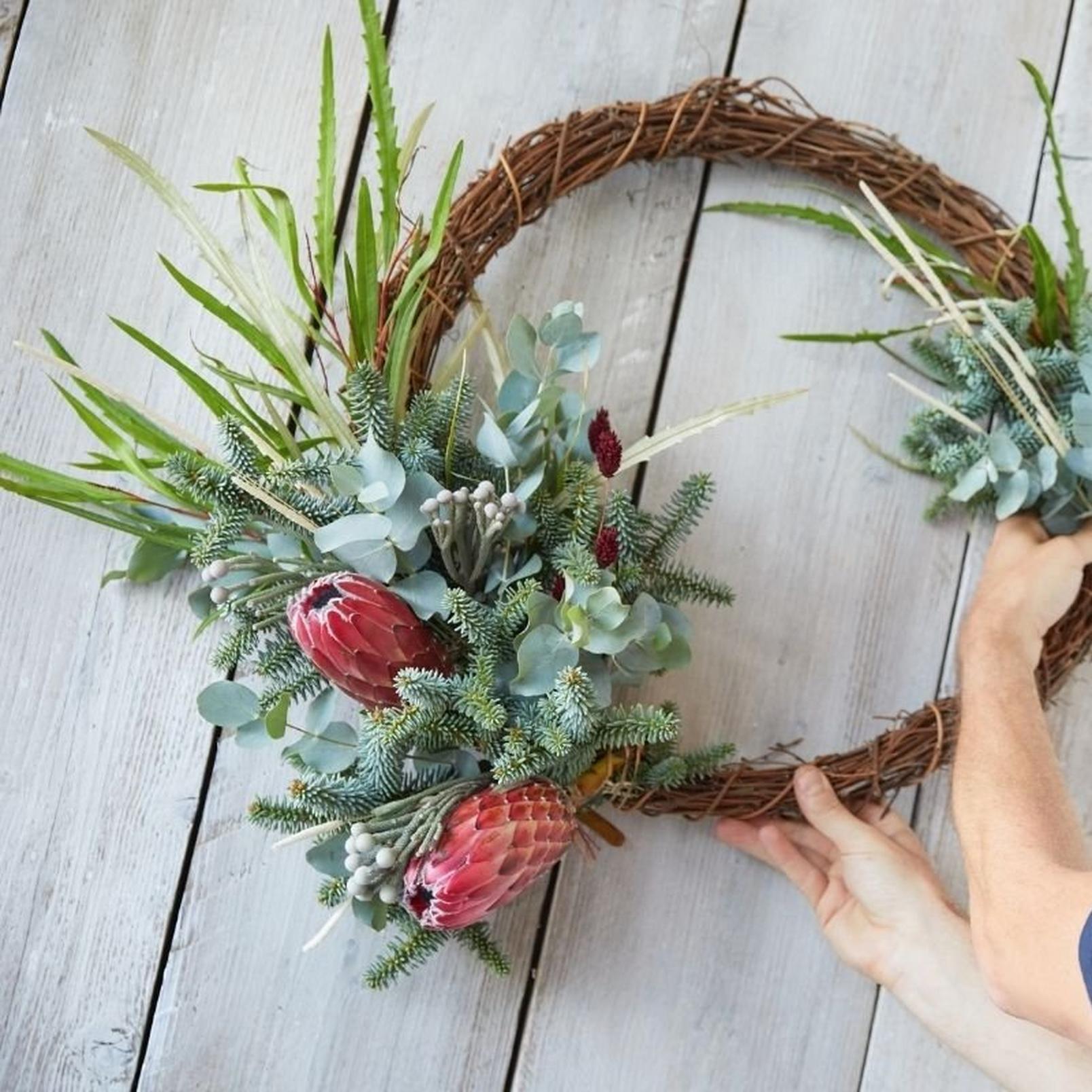 eco-friendly-wreath1-19