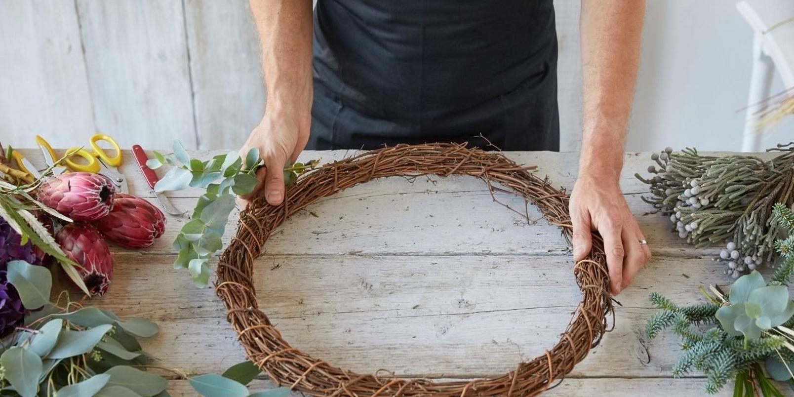 eco_friendly_Christmas_wreath_DIY