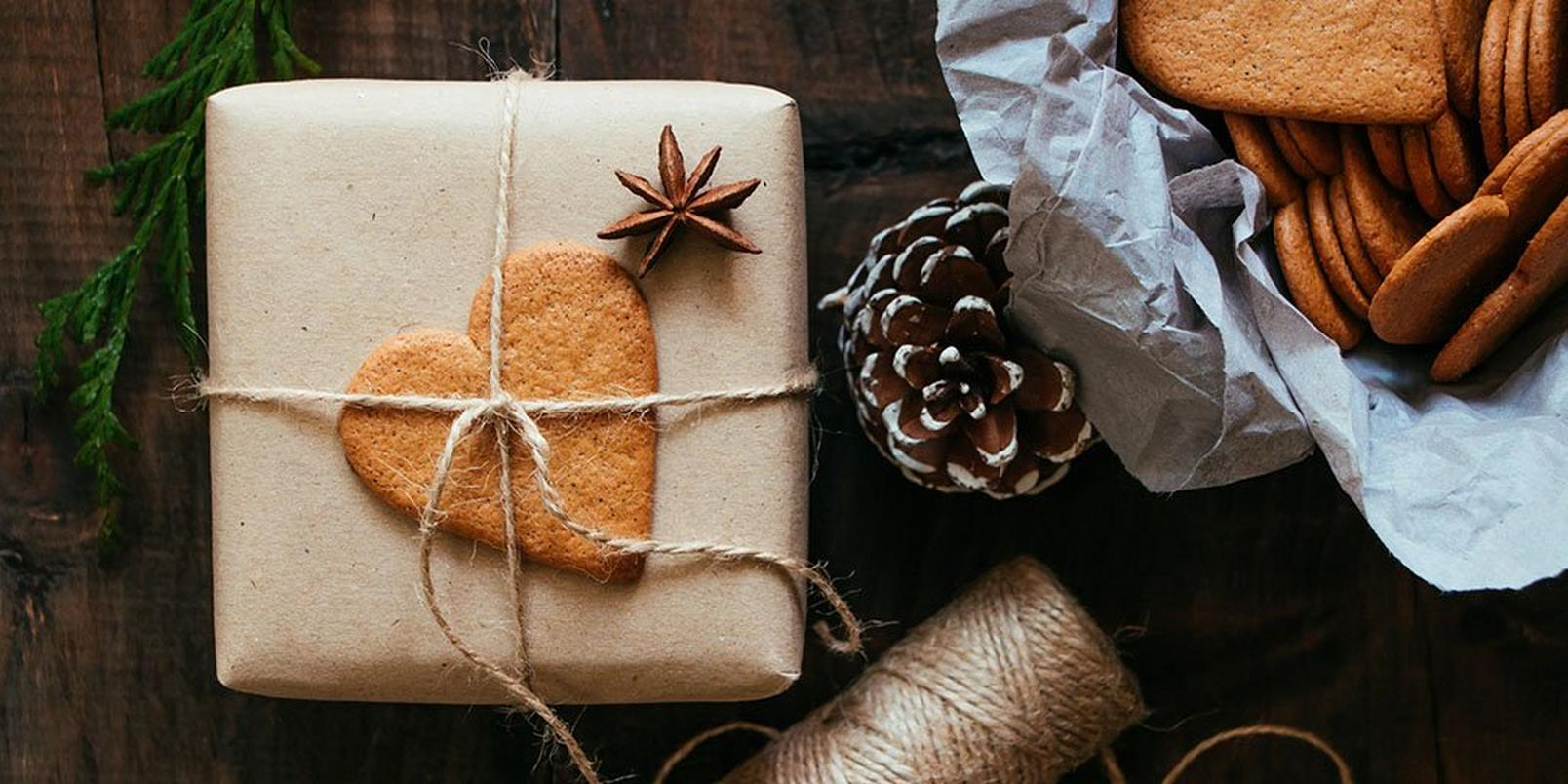 how-to-wrap-presents-like-a-pro-6