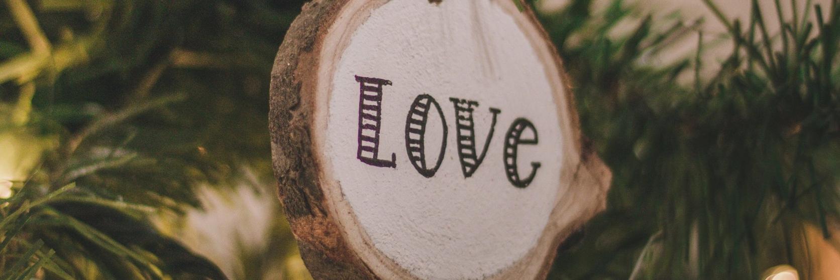 love-christmas-decoration