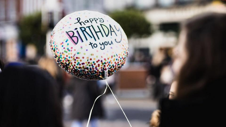 solo-birthday-balloon