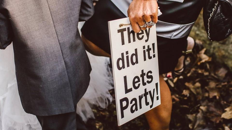 wedding-party-sign